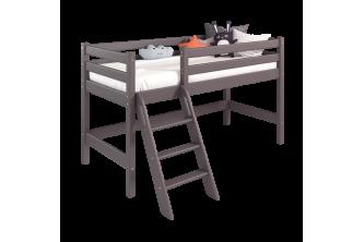 Низкая кровать Соня 12 с наклонной лестницей